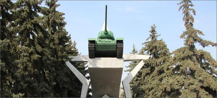 памятник-танкистам-до-реставрации