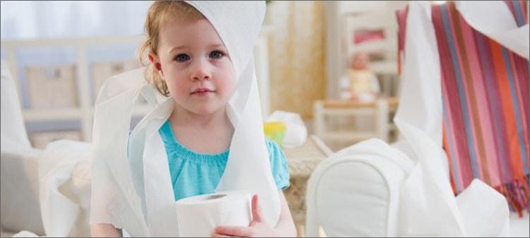 девочка-в-туалете