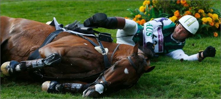 падение-в-конном-спорте