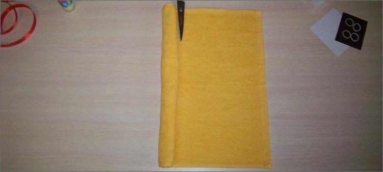 начинаем-скручивать-полотенце