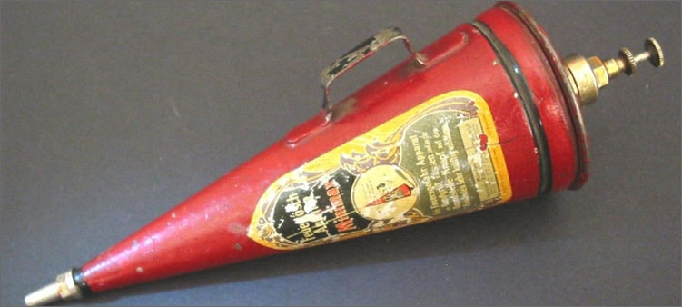 старинный-огнетушитель