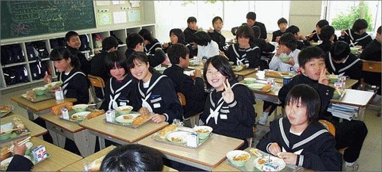 обед-в-японской-школе