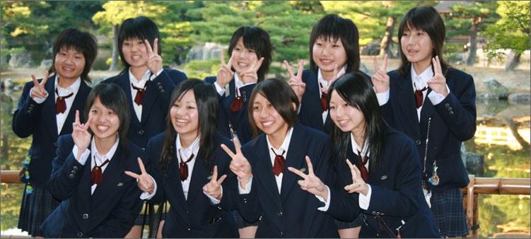 старшие-школьники-в-японии
