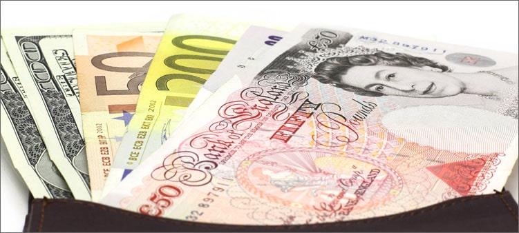 кошелек-с-деньгами