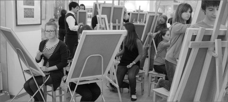 студенты-рисуют